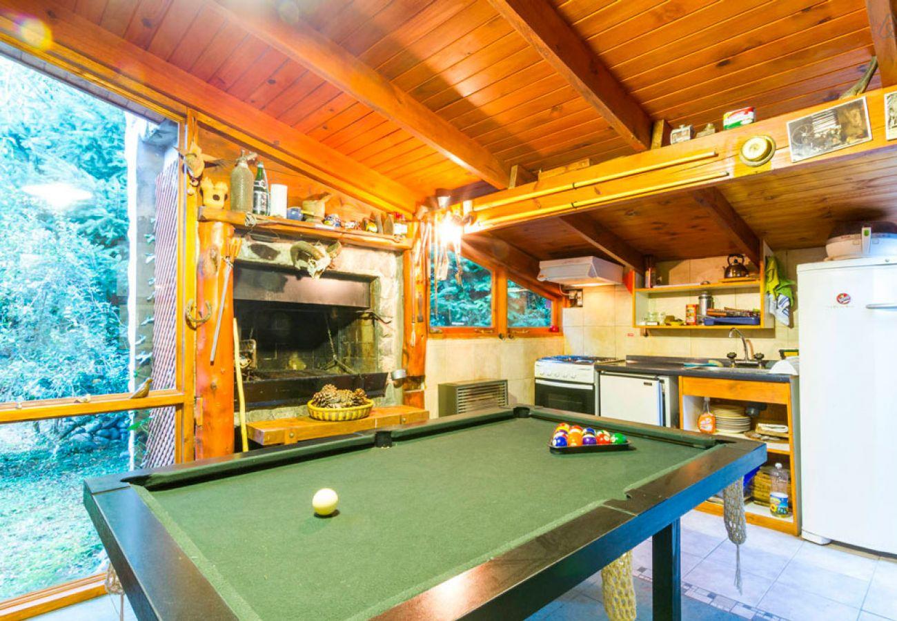 Casa con mesa de pool 2 BOG Río Bonito Villa La Angostura
