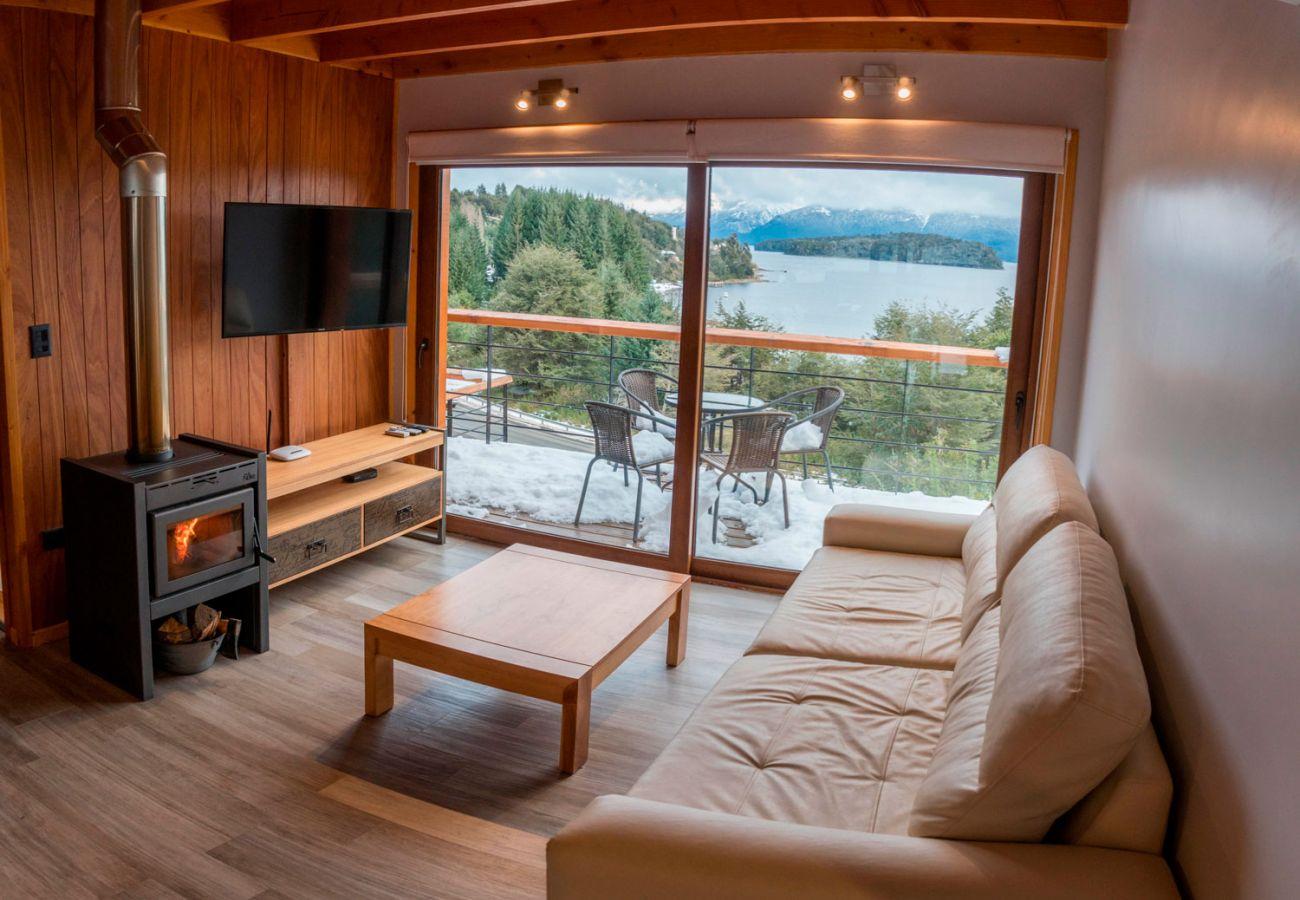 Salon con vista al lago BOG Atardeceres del Lago 7 Villa La Angostura