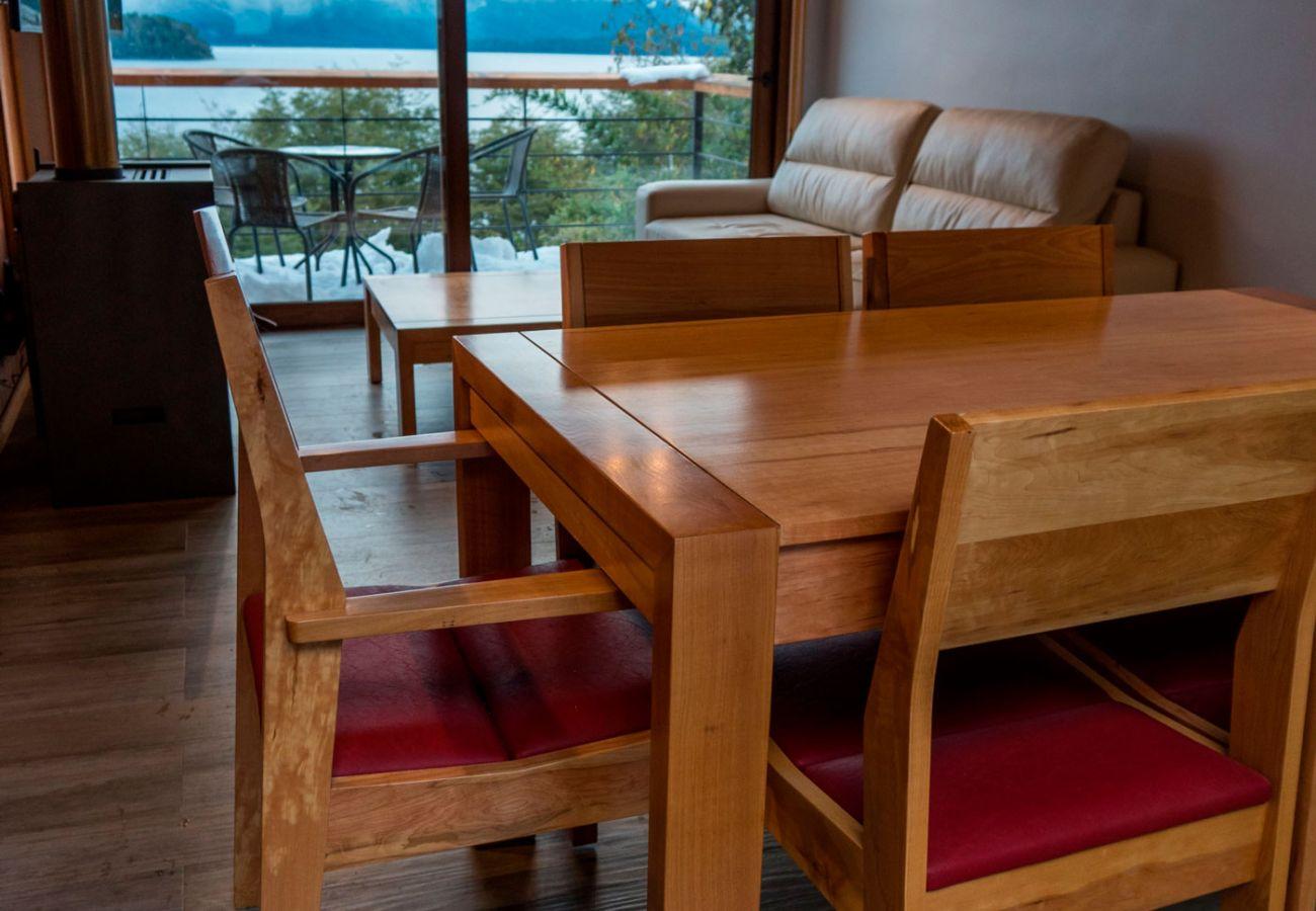 Cocina vista al lago BOG Atardeceres del Lago 7 Villa La Angostura