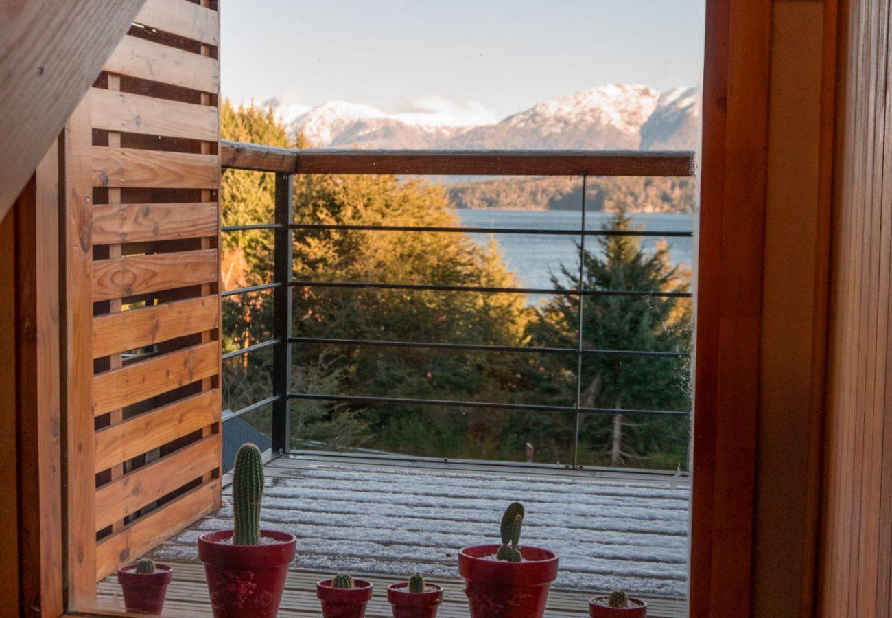 Ventana vista al lago BOG Atardeceres del Lago 3 Villa La Angostura