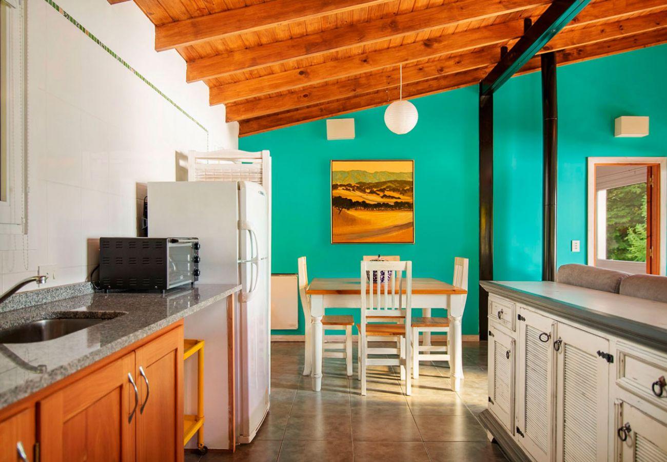 Cocina equipada BOG Casa Tashi Villa La Angostura
