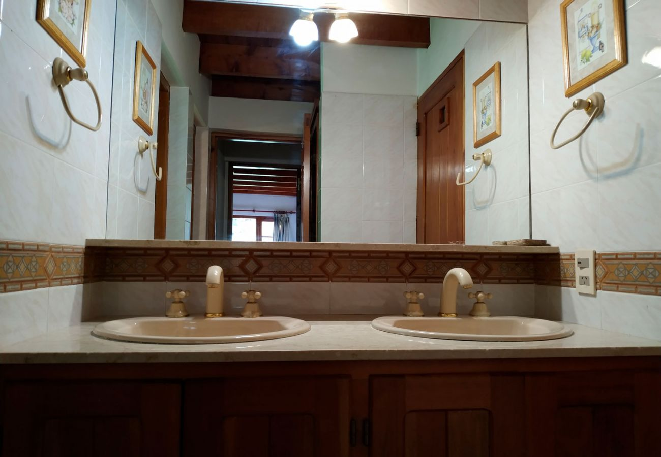 Detalles del baño BOG Pichi Ruca Villa La Angostura