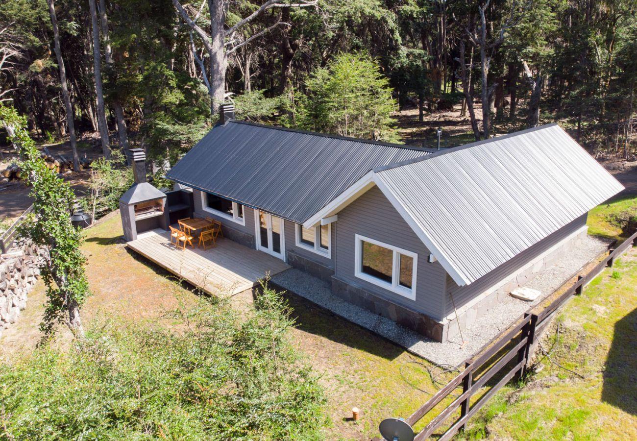 Vista casa en el bosque BOG Bosque de Manzano 2 Villa La Angostura