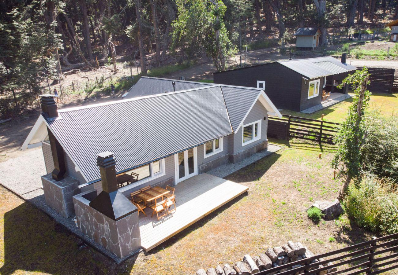 Hermosa casa amueblada BOG Bosque de Manzano 2 Villa La Angostura