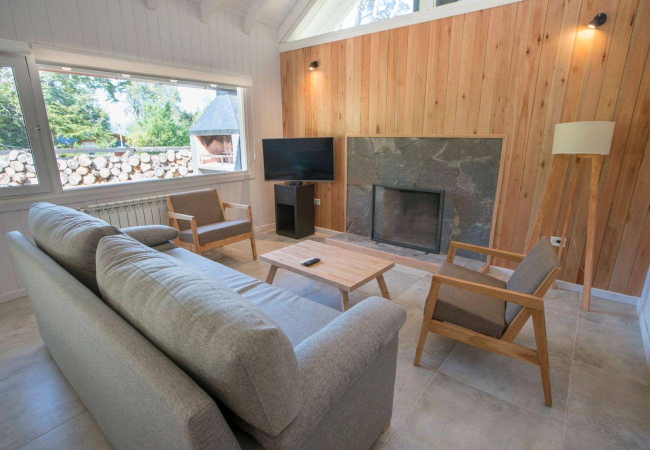 Calido living BOG Bosque de Manzano 2 Villa La Angostura