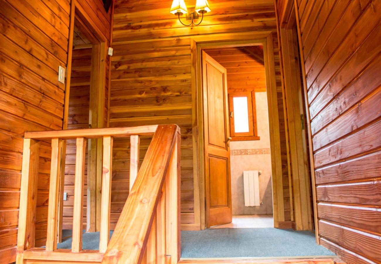 Detalles en madera de la casa BOG Patagon Dreams Villa La Angostura
