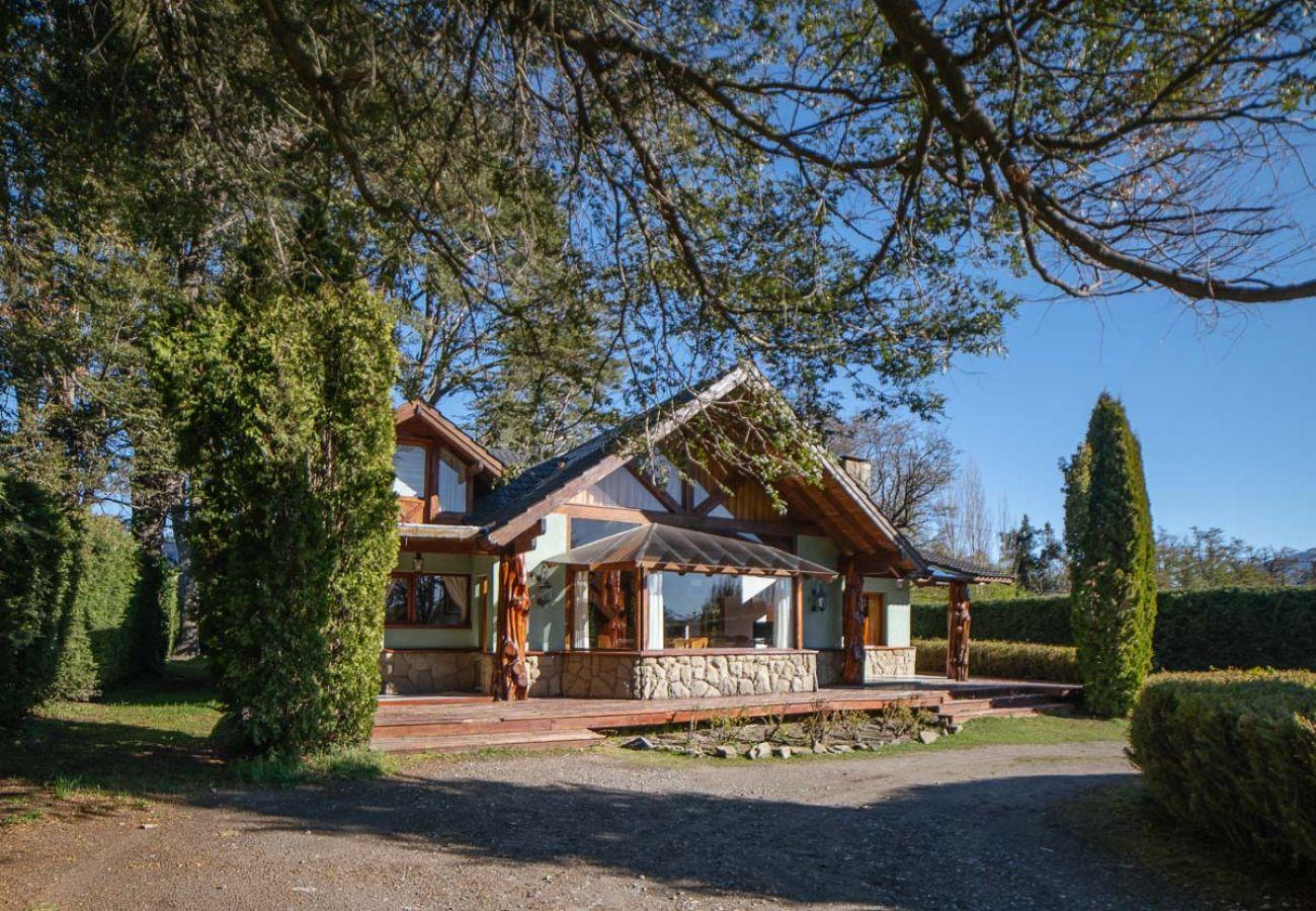 House in Villa La Angostura - Orión