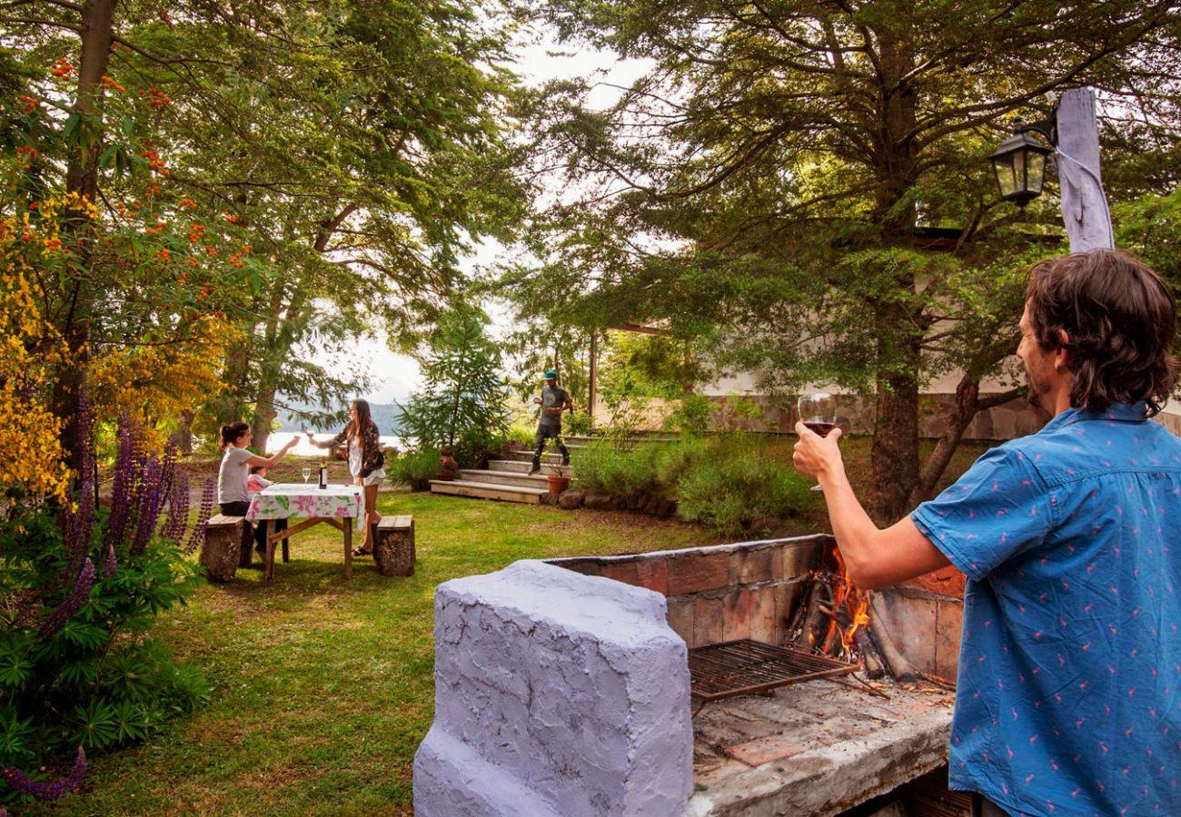 Bungalow in Villa La Angostura - Casa Tashi