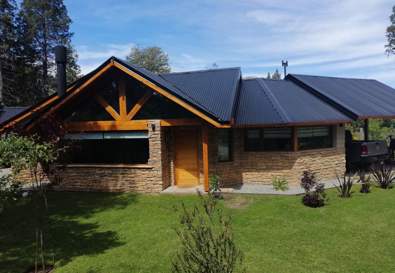 House in Villa La Angostura - Casa Fei