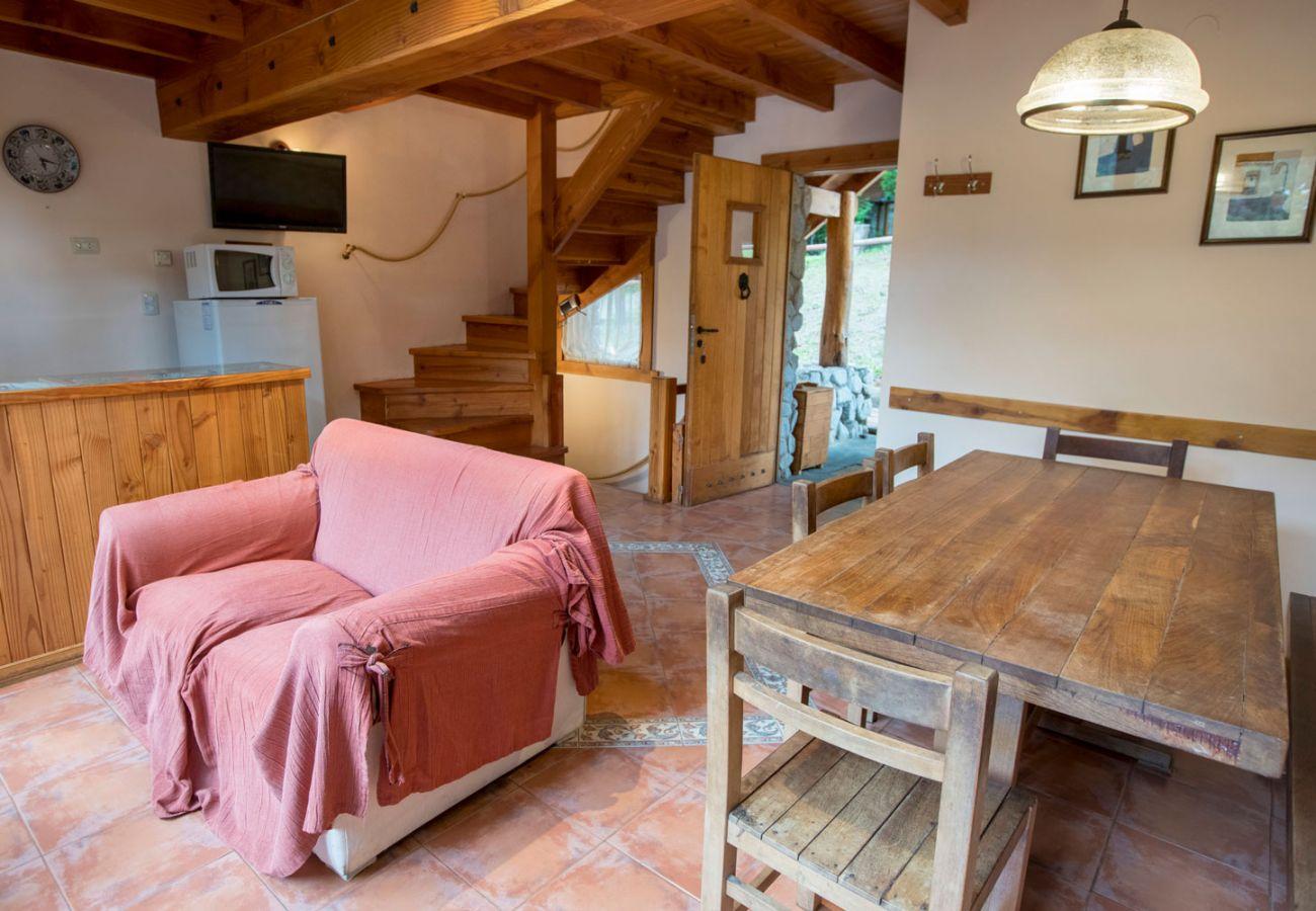 Bungalow in Villa La Angostura - Le Pommier 2 - Cabaña con vista al Lago y Pileta climatizada