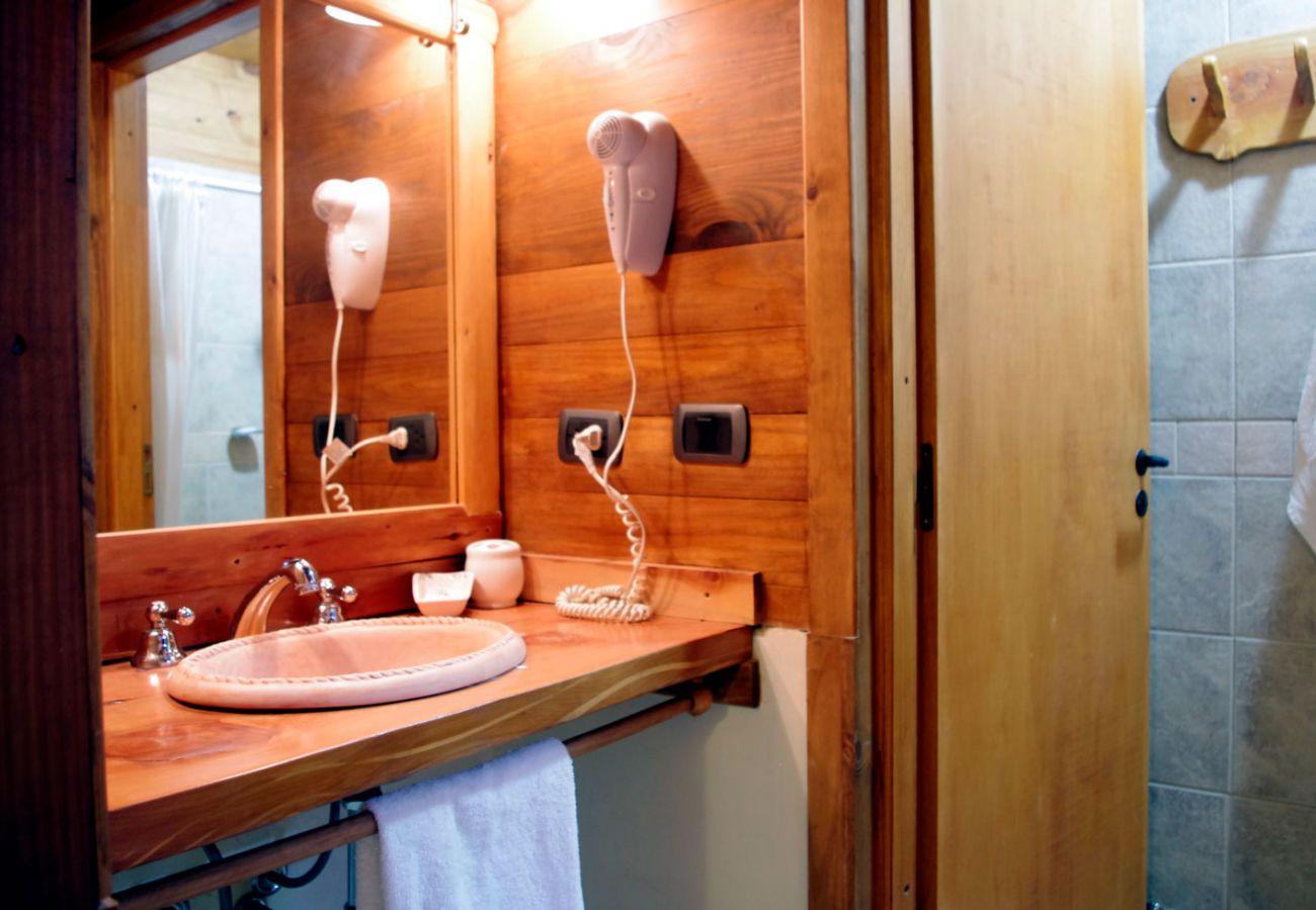 Bungalow em Villa La Angostura - Cabaña Ocrehue 2
